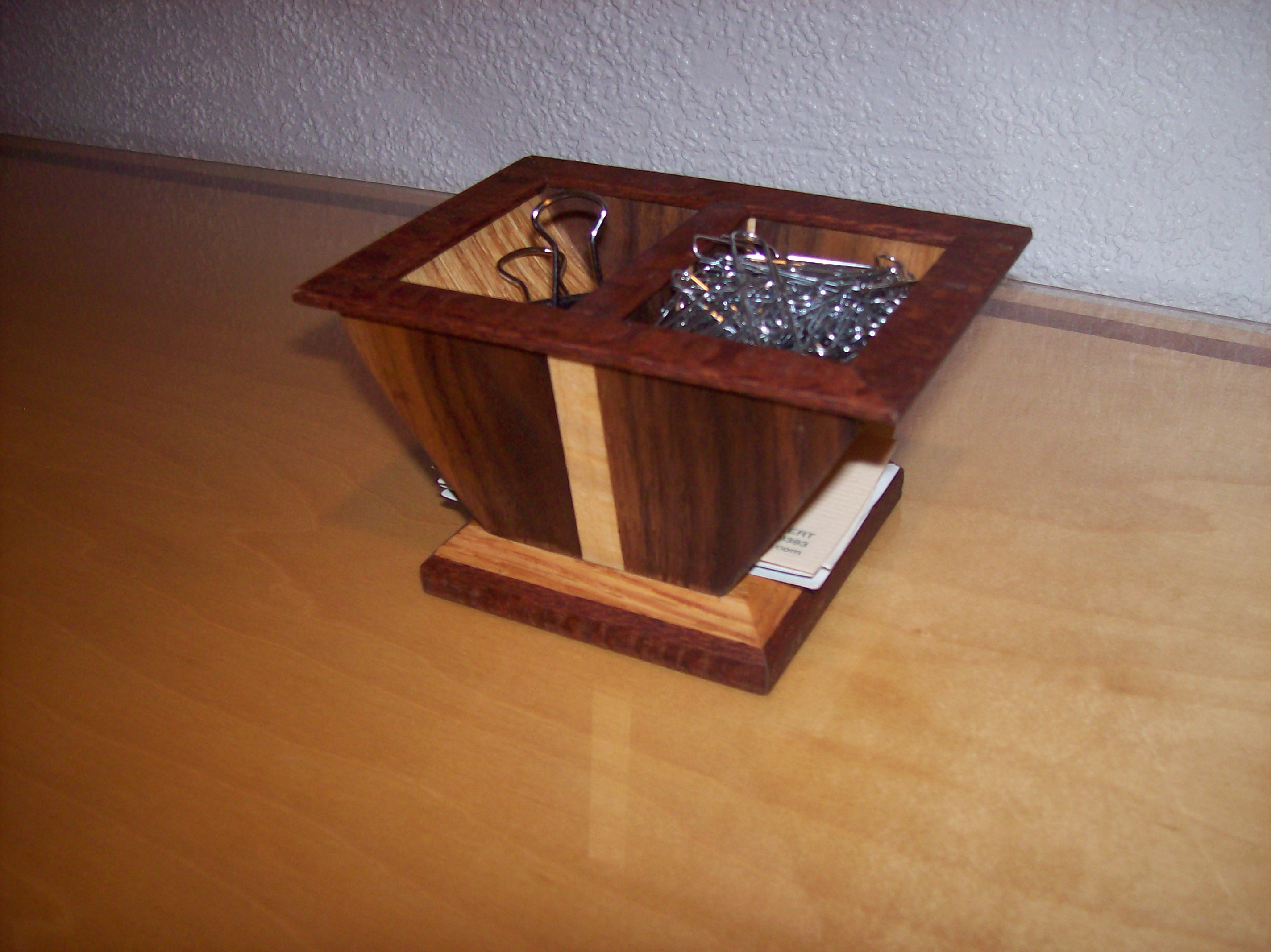 BUSINES CARD/PAPER CLIP HOLDER - W.S. Woodmasters